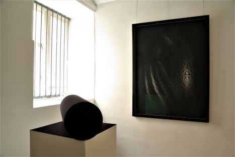Installation view, Louse Beer 'In Saturating Blackness', Ruth Wallace, 'Trace VIII'